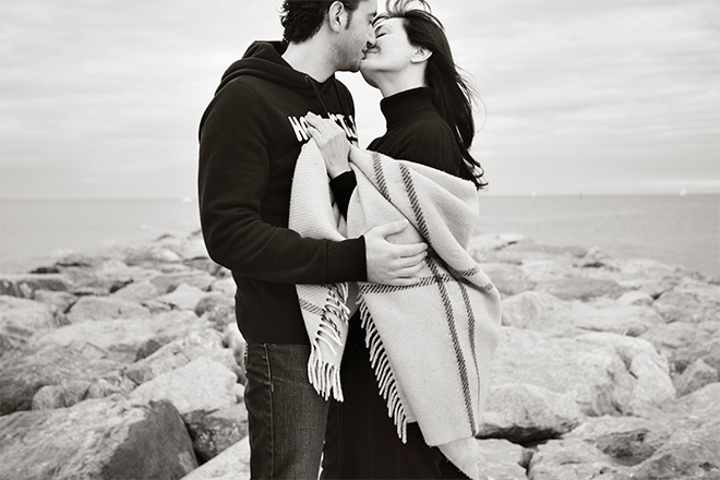 Preboda, platja de la Mar Bella, Barcelona, invierno, wedding on the beach, black and white, blanco y negro, playa invierno