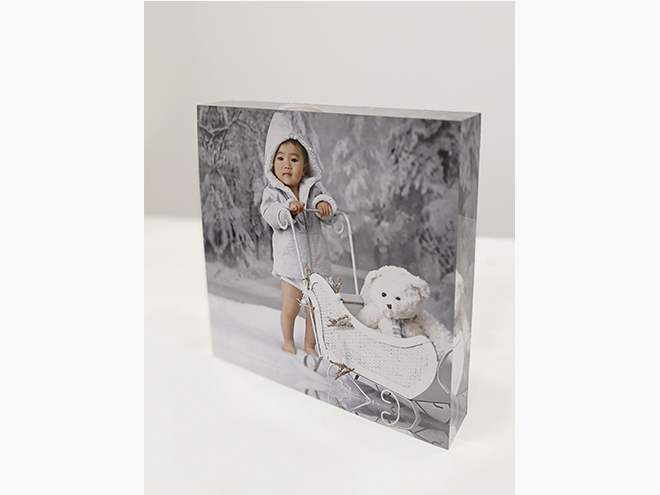 glass block frame, vintage frame, laura espadalé, decorate with photographs, barcelona, print photographs, wall art